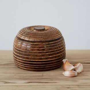 normal_small-carved-mango-wood-bowl (1)